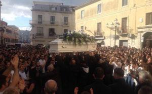 Oggi l'ultimo saluto a Giuseppe, in migliaia ai funerali