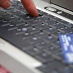 Truffe online, tre calabresi denunciati dalla Polizia