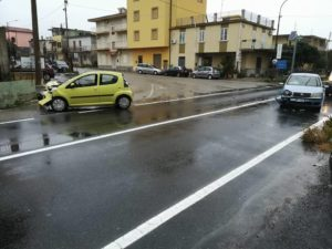 FOTO NEWS | Incidente sulla Statale 106 a San Sostene