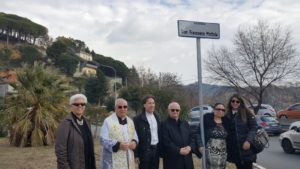 """Universo Minori"" ha intitolato la rotatoria di via Galiani al Venerabile Don Francesco Mottola"
