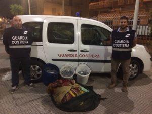 Soverato – La Guardia Costiera sequestra 73 kg di bianchetto pescato illegalmente