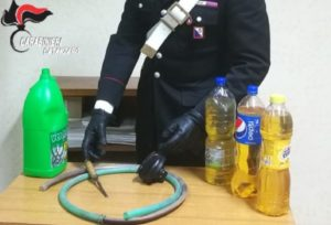Montepaone – Rubava carburante dallo scuolabus del Comune, 34enne arrestato