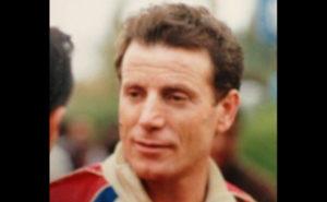 Investito sulla SS 18 da un furgone, muore storico pilota calabrese
