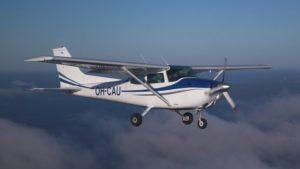 Nessuna traccia dell'ultraleggero scomparso con due persone a bordo diretto in Calabria