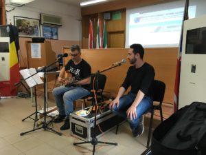 """Ettore Castagna in reading-concerto per gli studenti dell'ITE """"Calabretta"""" di Soverato"""