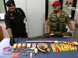 Chiaravalle – Aveva bomba a mano, esplosivi e armi clandestine. 50enne arrestato