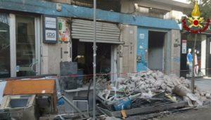 Indagini sui bar in fiamme a Cosenza, l'importante ruolo delle unità vigilfuoco del NIAT