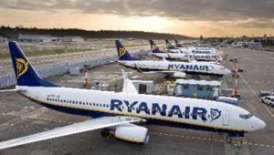 Ryanair assume giovani come assistenti di volo e di terra