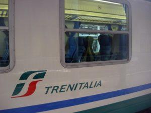 Treno investe una persona, traffico bloccato sulla linea tirrenica