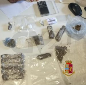 Cocaina e marijuana nascoste in casa, 51enne arrestato