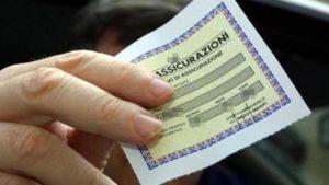 La polizza assicurativa sarà obbligatoria anche per chi non usa l'auto