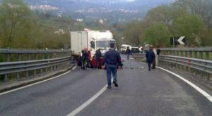 Tragico schianto in Basilicata, muoiono due operai diretti in Calabria