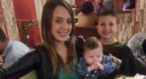 Oggi i funerali di mamma Stefania e dei suoi due figli