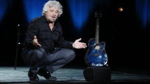 Verso il tutto esaurito per Beppe Grillo che torna in Calabria con il suo nuovo spettacolo