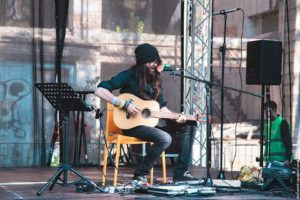 Musica: il tour di Make Like A Tree a Lamezia Terme