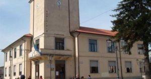 L'amministrazione comunale di Serra San Bruno in piazza con gli lsu-lpu