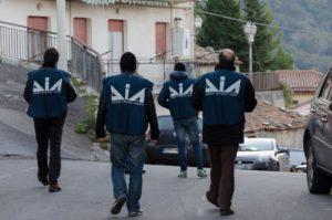 'Ndrangheta – Cinque arresti per duplice omicidio nel 2000 in Calabria