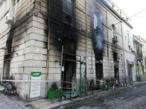 Reggio Calabria – Incendio nella notte distrugge negozio in centro