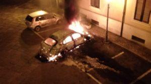 Incendiata l'auto di un dirigente scolastico a Squillace