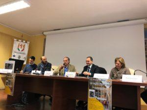 """Soverato, presentato il volume """"Paesi di Calabria"""" di Rosario Chimirri"""