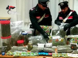 Arrestato commerciante di cannabis light