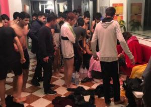 Sbarco di migranti in Calabria, 51 persone salvate dai cittadini