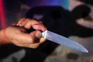 Ferisce a coltellate un ragazzo, 45enne denunciato per lesioni aggravate