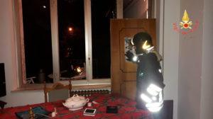Fuga di gas provoca esplosione in un appartamento di Torre di Ruggiero, in salvo anziano
