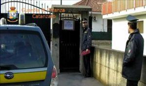 'Ndrangheta – Sequestrati e confiscati tre ville, terreni e nove auto per 1,5 milioni di euro