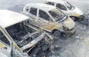 """Montepaone – Incendio dell'auto per un articolo """"sgradito"""", quattro indagati"""