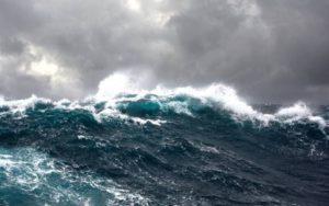 Maltempo – Venti di burrasca sulla Calabria, possibili mareggiate lungo le coste esposte