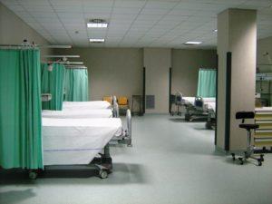 Anziano muore in ospedale, la Procura dispone l'autopsia