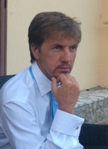 """""""Cento battiti"""", l'esordio letterario del cardiochirurgo Gianluca Santise"""