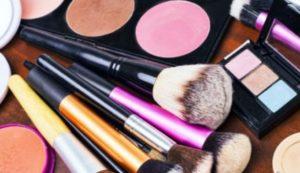 """Amianto in noti cosmetici """"Claire"""", lo segnala la FDA americana"""