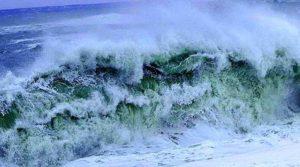 Maltempo – In arrivo venti di burrasca sulla Calabria, mareggiate lungo le coste esposte