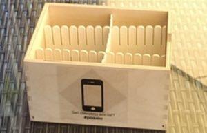 Una spinta gentile al lido Marina Blu di Montepaone per ridurre l'uso dello smartphone durante l'aperitivo o la cena