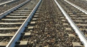 Giovane 22enne travolto e ucciso da un treno in Calabria