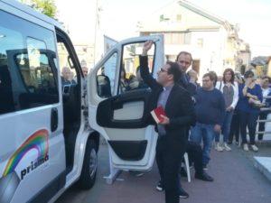 A San Sostene la consegna di un nuovo mezzo di trasporto disabili