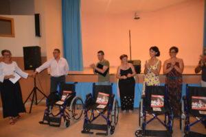 Il Cantante della Solidarietà dona alla Villa della Fraternità di Sant'Andrea Ionio 4 nuove carrozzine