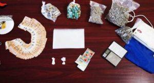 Deteneva 1 Kg di marijuana e cocaina in casa, 29enne arrestato
