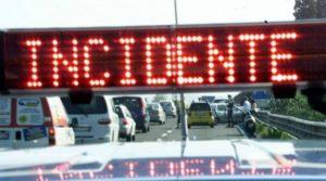 """A causa di un incidente chiusa al transito la Statale 106Var-A """"Variante di Catanzaro Marina"""""""