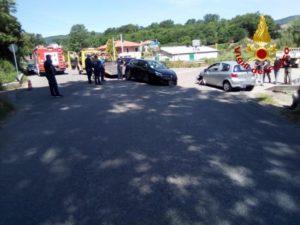 Scontro tra due auto a Chiaravalle, tre feriti