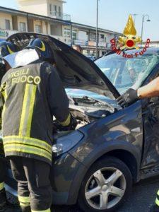 Incidente sulla Statale 106 a Davoli, un ferito trasportato in ospedale