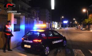 Anziana bloccata in casa per una fuga di gas, salvata dai carabinieri