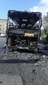 In fiamme un autobus di Ferrovie della Calabria