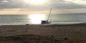 Sbarco di migranti all'alba sulla costa jonica calabrese