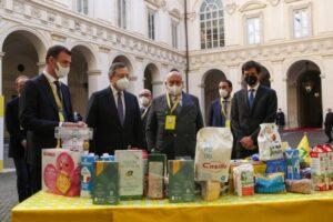 """Iniziativa """"a sostegno di chi ha bisogno"""": in Calabria saranno distribuiti 30mila kg di prodotti Made in Italy"""