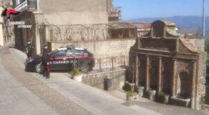 Chiede 30mila euro alla moglie per divorzio consensuale, 45enne arrestato