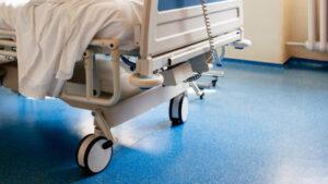 Gravi carenze di mezzi e strumenti utili all'ospedale di Catanzaro