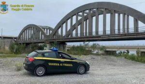 Sequestrato un ponte a Melito Porto Salvo: è a rischio crollo